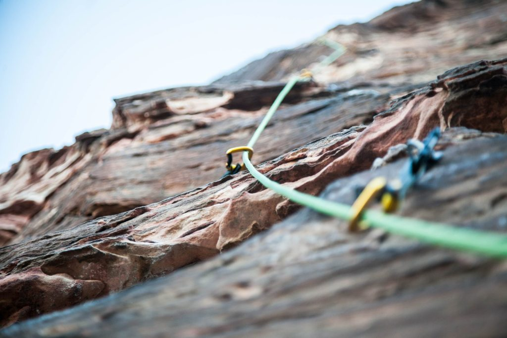 wire-rope-brook-anderson-unsplash back up